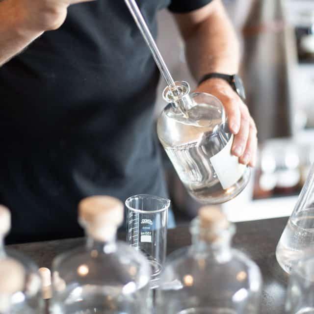 Eigen Gin laten maken bij Sterkstokers