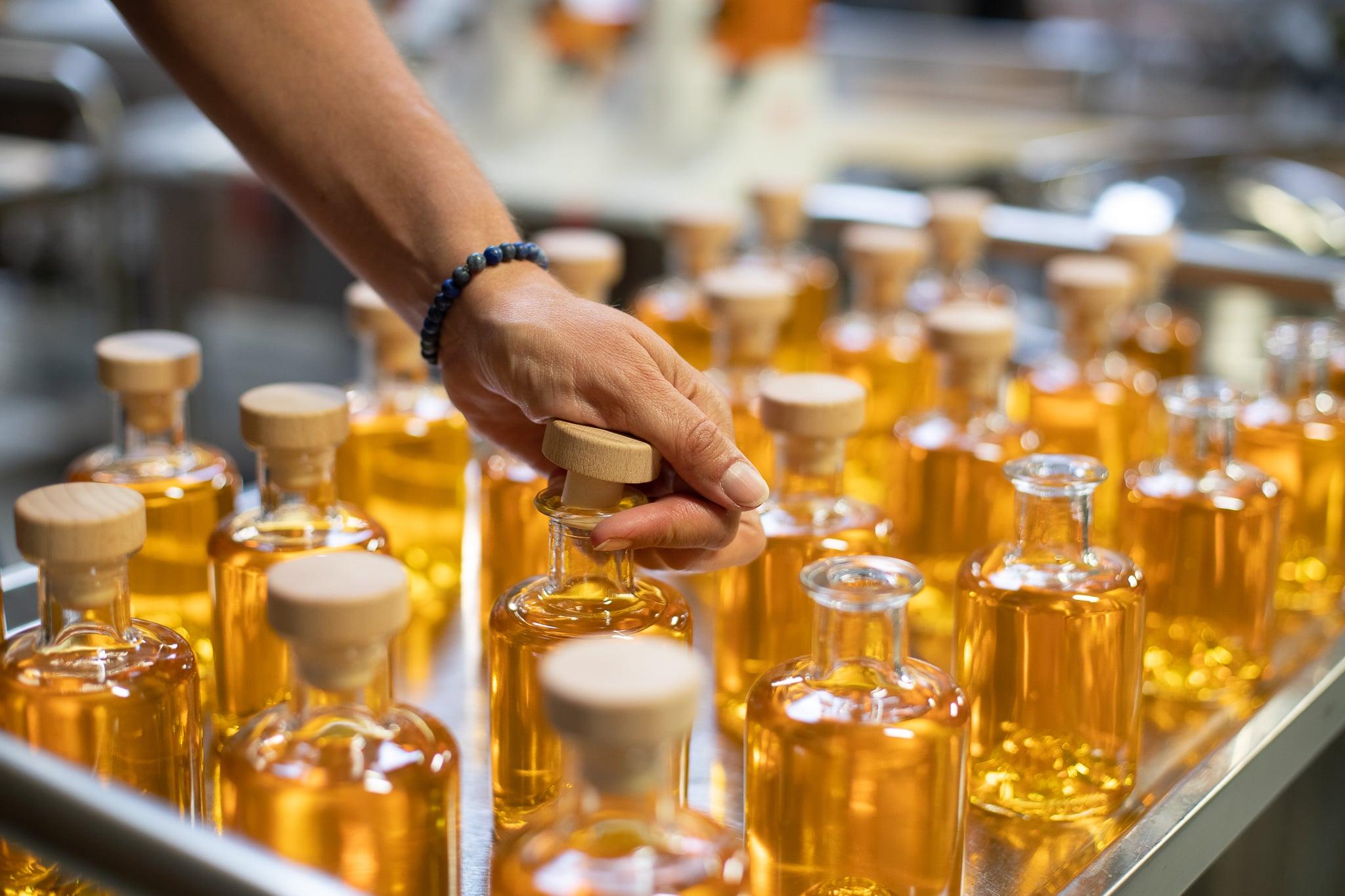 Maak je eigen private label van sterke drank voor horeca of bedrijven bij Sterkstokers
